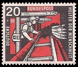 20 + 10 Pf Briefmarke: Helfer der Menschheit, 1957