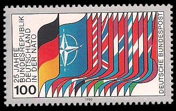 100 Pf Briefmarke: 25 Jahre Bundesrepublik Deutschland in der NATO
