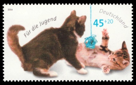 45 + 20 Ct Briefmarke: Für die Jugend 2004, Katzen