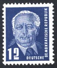 12 Pf Briefmarke: Präsident Wilhelm Pieck, Freimarke