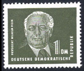 1 DM Briefmarke: Präsident Wilhelm Pieck, Freimarke