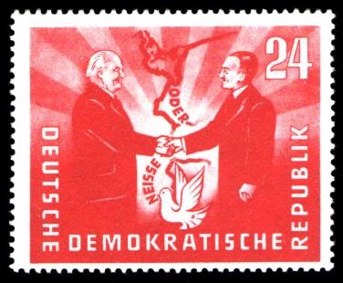24 Pf Briefmarke: Deutsch-Polnische Freundschaft, Oder-Neisse-Friedensgrenze