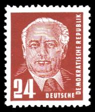 24 Pf Briefmarke: Freimarke - Präsident Wilhelm Pieck