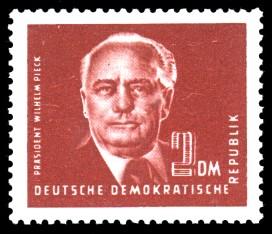 2 DM Briefmarke: Freimarke - Präsident Wilhelm Pieck