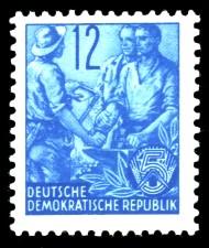 12 Pf Briefmarke: Fünfjahresplan