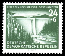 24 + 6 Pf Briefmarke: Helft den Hochwasser-Geschädigten