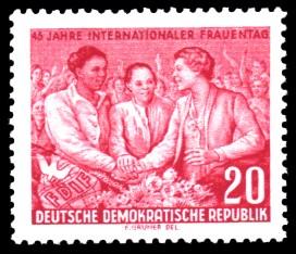 20 Pf Briefmarke: 45 Jahre Internationaler Frauentag