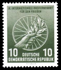 10 Pf Briefmarke: 9. Internationale Radfernfahrt für den Frieden
