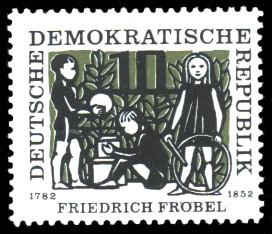 10 Pf Briefmarke: Friedrich Fröbel