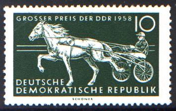10 Pf Briefmarke: Pferdesport, Großer Preis der DDR 1958