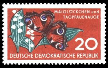 20 Pf Briefmarke: Naturschutz, Maiglöckchen und Tagpfauenauge