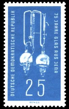 25 Pf Briefmarke: 75 Jahre Glas aus Jena
