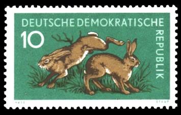 10 Pf Briefmarke: Waldtiere, Feldhase