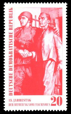 20 Pf Briefmarke: 15. Jahrestag der Befreiung vom Faschismus