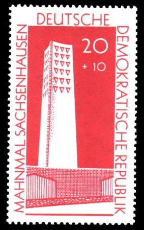 20 + 10 Pf Briefmarke: Mahnmal Sachsenhausen