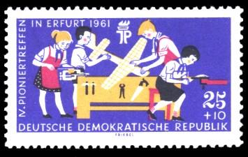 25 + 10 Pf Briefmarke: IV. Pioniertreffen in Erfurt 1961