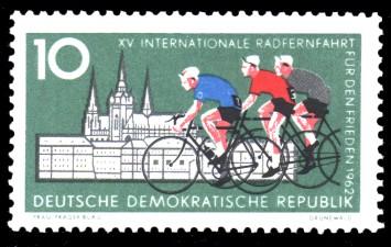 10 Pf Briefmarke: XV. Internationale Radfernfahrt für den Frieden 1962