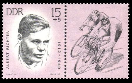 15 + 5 Pf Briefmarke: Antifaschisten - Sportler, Albert Richter