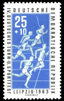 25 + 10 Pf Briefmarke: IV. Deutsches Turn- und Sportfest