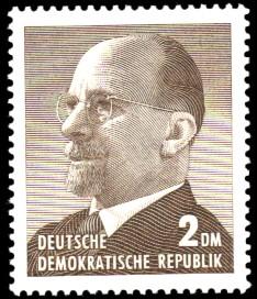 2 DM Briefmarke: Walter Ulbricht