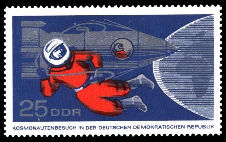 25 Pf Briefmarke: Kosmonautenbesuch in der DDR