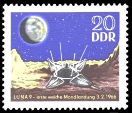 20 Pf Briefmarke: erste weiche Mondlandung