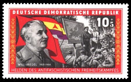 10 + 5 Pf Briefmarke: Helden des antifaschistischen Freiheitskampfes, Willi Bredel