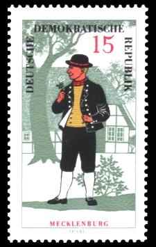 15 Pf Briefmarke: Volkstrachten in der DDR