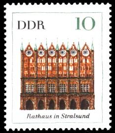 10 Pf Briefmarke: Bedeutende Bauten, Rathaus Stralsund