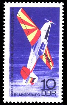 10 Pf Briefmarke: V. Motorkunstflugweltmeisterschaften