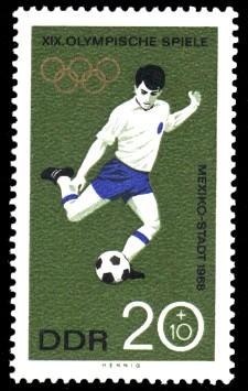 20 + 10 Pf Briefmarke: XIX. Olympische Sommerspiele, Fußball