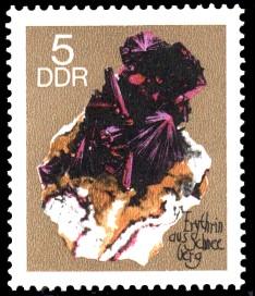 5 Pf Briefmarke: Minerale, Erythrin (Sammlung der Bergakademie Freiberg)