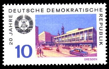 10 Pf Briefmarke: 20 Jahre DDR, Dresden