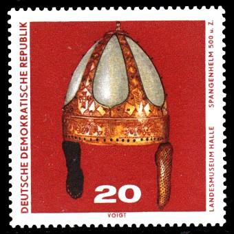 20 Pf Briefmarke: Archäologische Funde, Spangenhelm