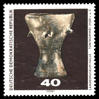 40 Pf Briefmarke: Archäologische Funde, Tontrommel
