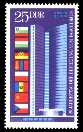 25 Pf Briefmarke: 25 Jahre Befreiung vom Faschismus