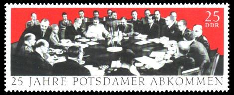 25 Pf Briefmarke: 25 Jahre Potsdamer Abkommen