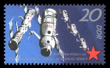 20 Pf Briefmarke: 10 Jahre sowjetischer Raumflug, Sojus-Raumschiffe