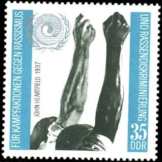 35 Pf Briefmarke: Internationales Jahr für Kampfaktionen gegen den Rassismus