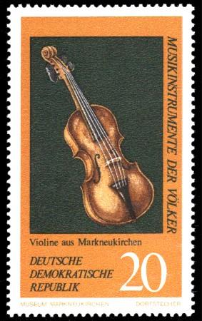 20 Pf Briefmarke: Musikinstrumente der Völker, Violine