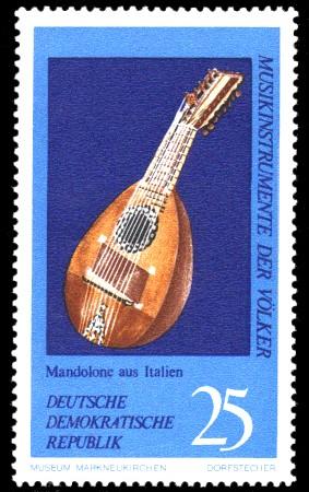 25 Pf Briefmarke: Musikinstrumente der Völker, Mandolone