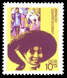 10 + 5 Pf Briefmarke: Unbesiegbares Vietnam