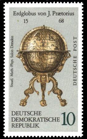 10 Pf Briefmarke: Erd- und Himmelsgloben, Erdglobus von J.Pr�torius