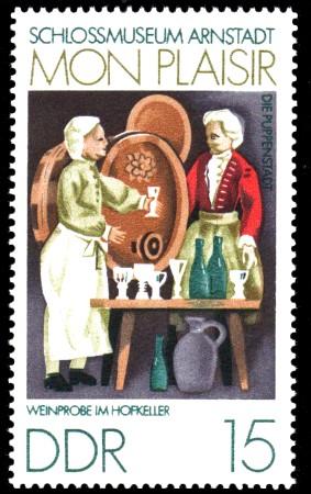 15 Pf Briefmarke: Mon plaisir, Schloßmuseum Arnstadt, Weinprobe