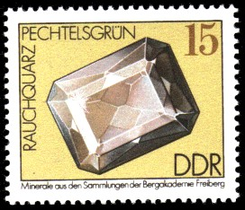 15 Pf Briefmarke: Rauchquarz, Minerale aus den Sammlungen der Bergakademie Freiberg