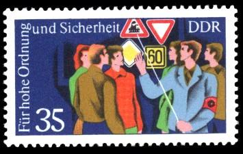 35 Pf Briefmarke: Für hohe Ordnung und Sicherheit im Straßenverkehr, Verkehrserziehung