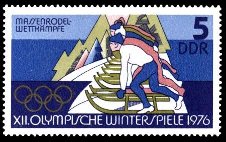 5 Pf Briefmarke: XII. Olympische Winterspiele, Rodler