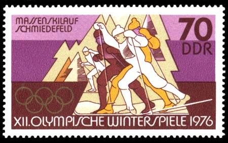 70 Pf Briefmarke: XII. Olympische Winterspiele, Skilauf