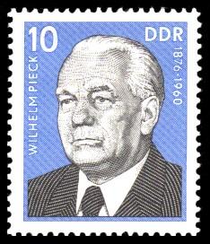 10 Pf Briefmarke: Wilhelm Pieck, Verdienstvolle Persönlichkeiten der Arbeiterbewegung