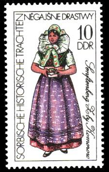 10 Pf Briefmarke: Sorbische historische Trachten, Senftenberg